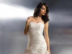 Sprzedam tanio suknię z kolekcji Agnes 1600