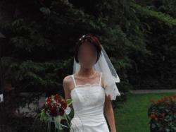 sprzedam tanio uroczą suknię ślubną