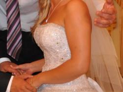 sprzedam wyjatkową suknię ślubną typu princessa