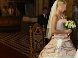 sprzedam wyjątkową suknię ślubną z Francjii