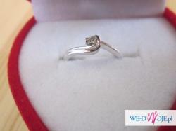 Sprzedam zaręczynowy, piękny, nowy pierścionek z diamentem!