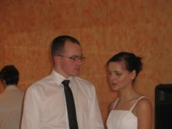Subtelna, lekka i elegancka suknia ślubna