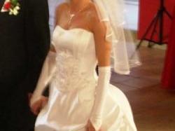 sukienka ślubna a la scarlet...