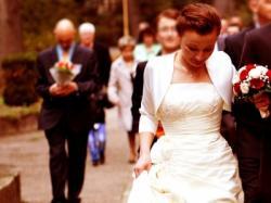 sukienka ślubna ecru rozm. 38
