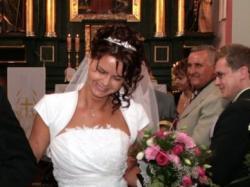 Sukienka ślubna jednoczęsciowa