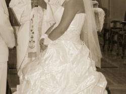 Sukienka ślubna+welon i naszyjnik firmy Karina