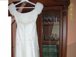 sukienka w romantycznym stylu