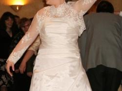 Sukienka z salonu Maddony -super stan