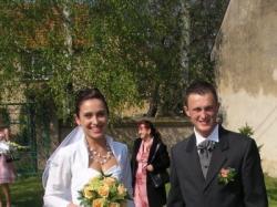 suknai ślubna Agnes 1744 biała 1 200 pln