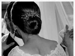 Suknia Agnes – KLASYCZNA, PONADCZASOWA