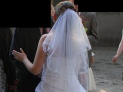 Suknia Gaelina z haftem i kamykami Swarovskiego