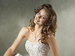 Suknia MAGGIE SOTTERO model:Joelle Marie z USA