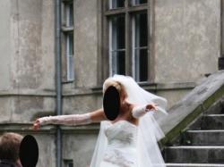 Suknia na wzór Benjamina Robertsa  + DODATKI!!!