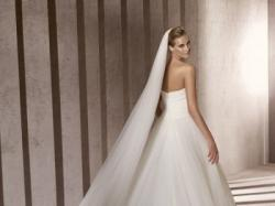 Suknia Pronovias Barbate z kolekcji 2012
