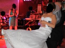 Suknia ślubna AMBROSIA - Bogato zdobiona