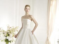 Suknia ślubna Atelier Diagonal model Farfara 2013