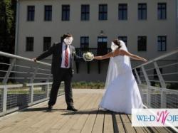 Suknia ślubna biała, koronkowa