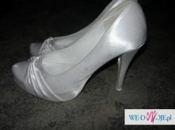 Suknia ślubna,buty,bolerko,welon i kożuszek !