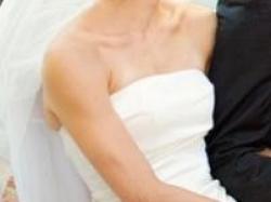 Suknia ślubna CYMBELINE (2011: model Espiegle, 2010: model Damille) R. 36