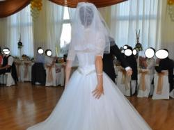 Suknia Ślubna Demetrios 532