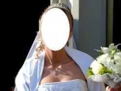 Suknia ślubna Demetrios 892 biała