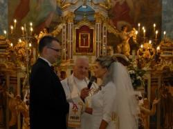 suknia ślubna demetrios 9679