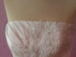 Suknia ślubna dla kobiety z klasą Britta 44/46