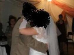 Suknia ślubna dla księżniczki, skromna i zjawiskowa!=> 40