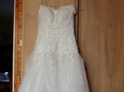 suknia ślubna dla szczupłej panny młodej