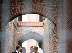 Suknia ślubna długa Kate Swarovski kamienie pas ślubny