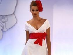 Suknia ślubna DONATELLO - firmy Cymbeline