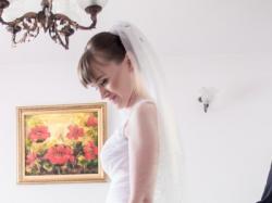 Suknia ślubna Duber 1374 r. 34/36 + welon z kryształkami