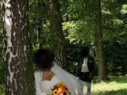 Suknia ślubna ecru, r. 38-40