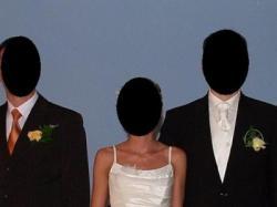 Suknia ślubna ecru z kryształkami Swarovskiego