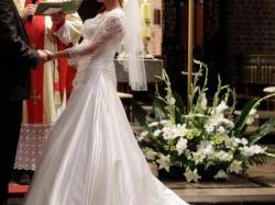 Suknia ślubna Eddy K AK24 Ivory kolekcja 2011