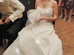 Suknia ślubna - elegancka ecru