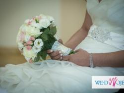 suknia ślubna firmy Agora
