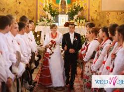 Suknia ślubna folk w stylu góralskim
