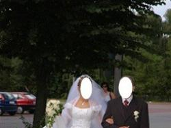 Suknia ślubna -  gorąco polecam :)