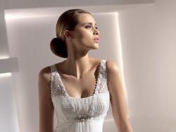 Suknia ślubna hiszpańska kolekcja Pronovias 2010 model Gabela