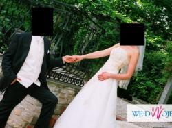 Suknia ślubna hiszpańskiej grupy EXPONOVIAS