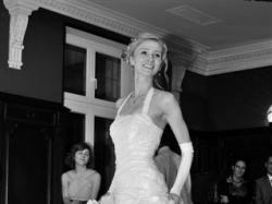 Suknia ślubna i bolerko dla wysokiej dziewczyny. 176+6 cm obcas. Biała