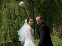 suknia ślubna jasne ecru