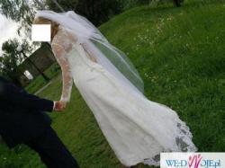 suknia ślubna jednoczęściowa, koronkowa