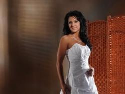 Suknia slubna KAREEN - kolekcja 2009