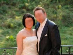 Suknia ślubna, kolor: ecru, rozmiar: 40 - 42.