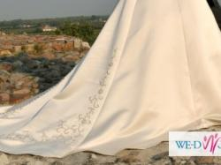 Suknia ślubna kolor złote cappucino_swarovski_srebrna nić