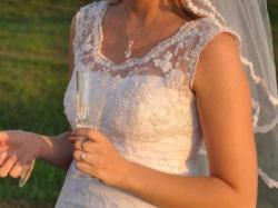 Suknia ślubna koronka biała