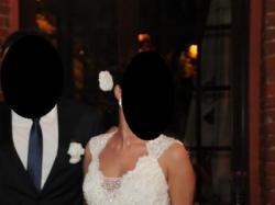 Suknia ślubna; koronka La perle  2010 , rozm. 36-38