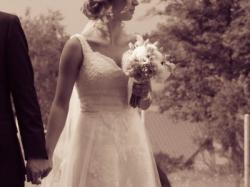 suknia ślubna koronkowa, fason A, biała, rozmiar 36-38